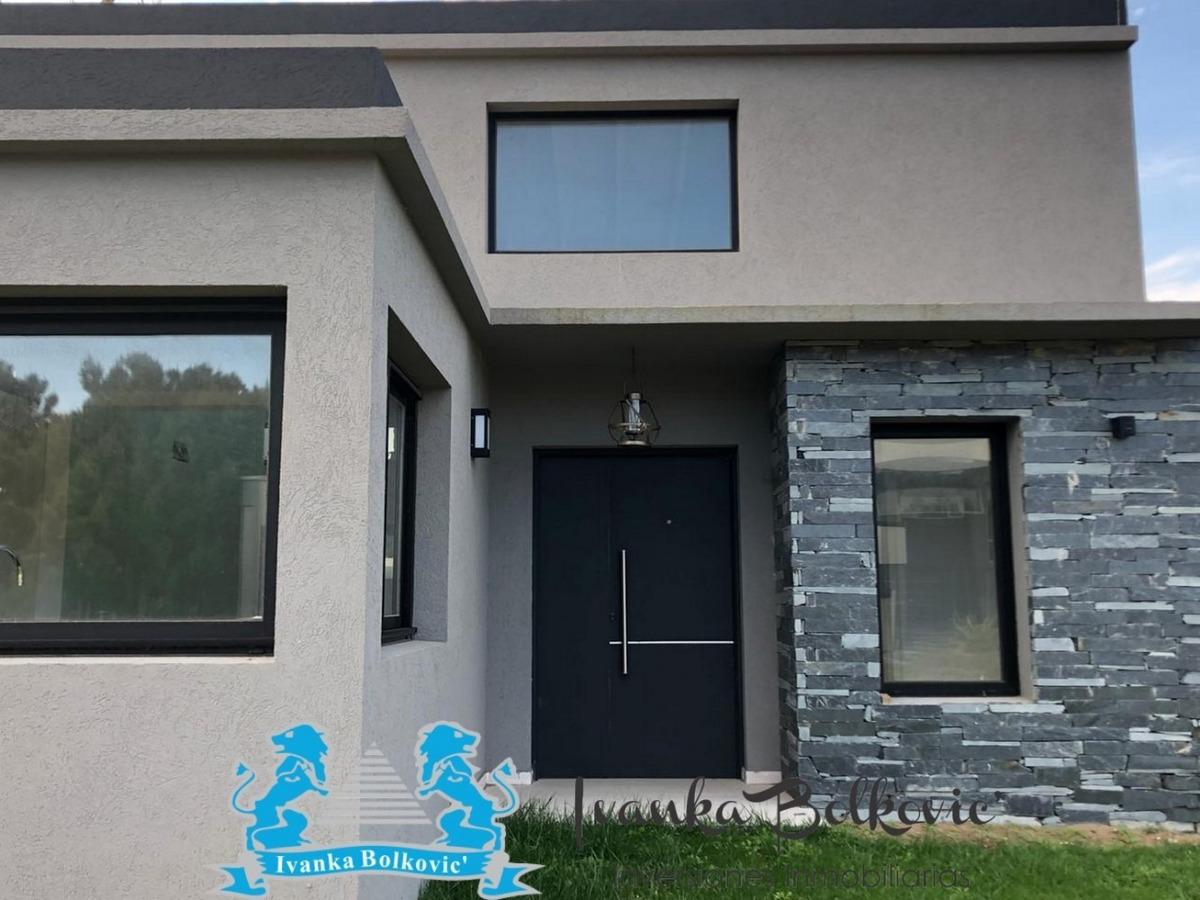 casa venta costa esmeralda barrio cerrado residencial 0228