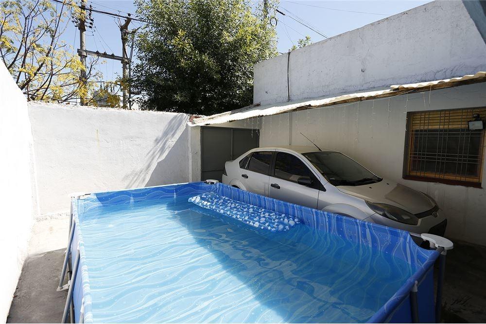 casa venta cuatro ambientes con patio y garage