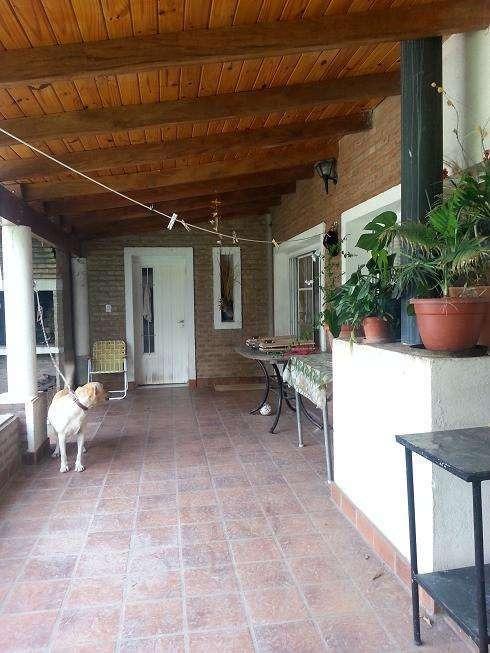 casa venta cuatro hojas mendiolaza