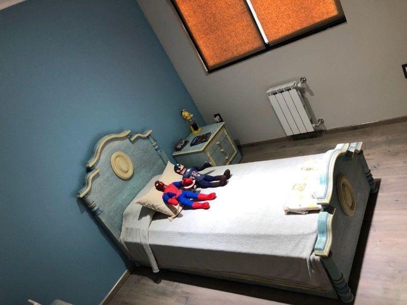 casa venta de categoría 4 dormitorios , 3 baños y pileta - barrio el cauce