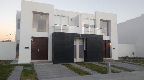 casa venta el refugio en privada