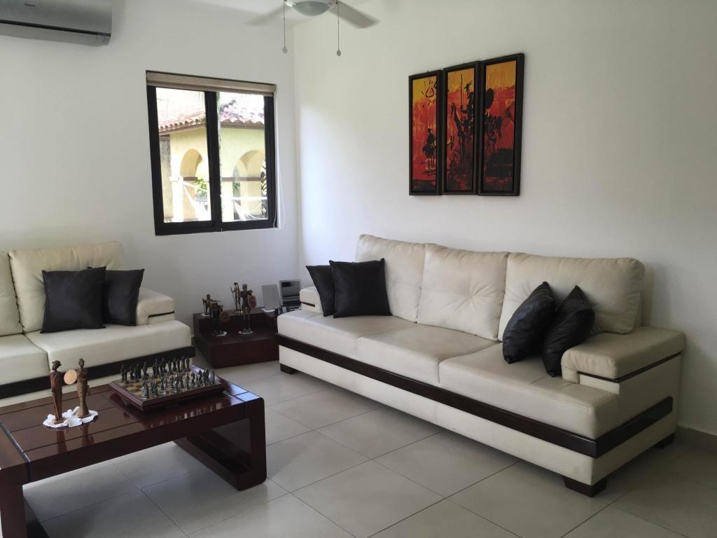 casa venta en embassy club 19-873hel* clayton