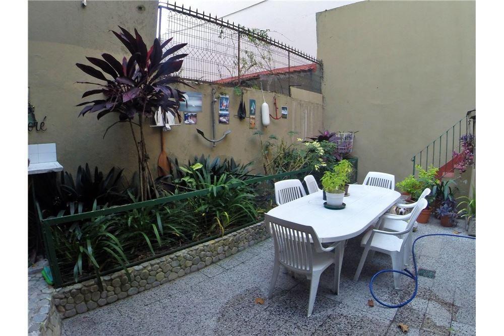 Casa Venta Flores 2 Plantas Patio Terrazas