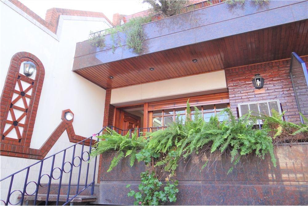 casa venta flores 5 ambientes