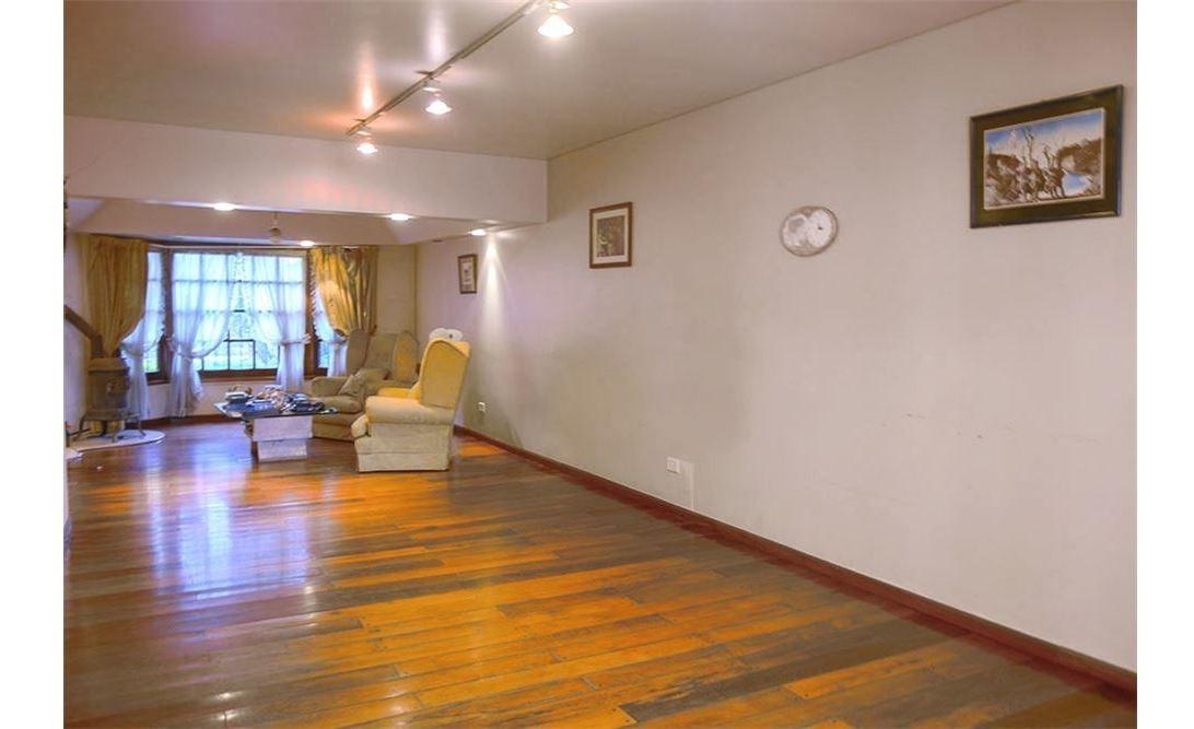 casa venta hurlingham 6 ambientes parque quincho