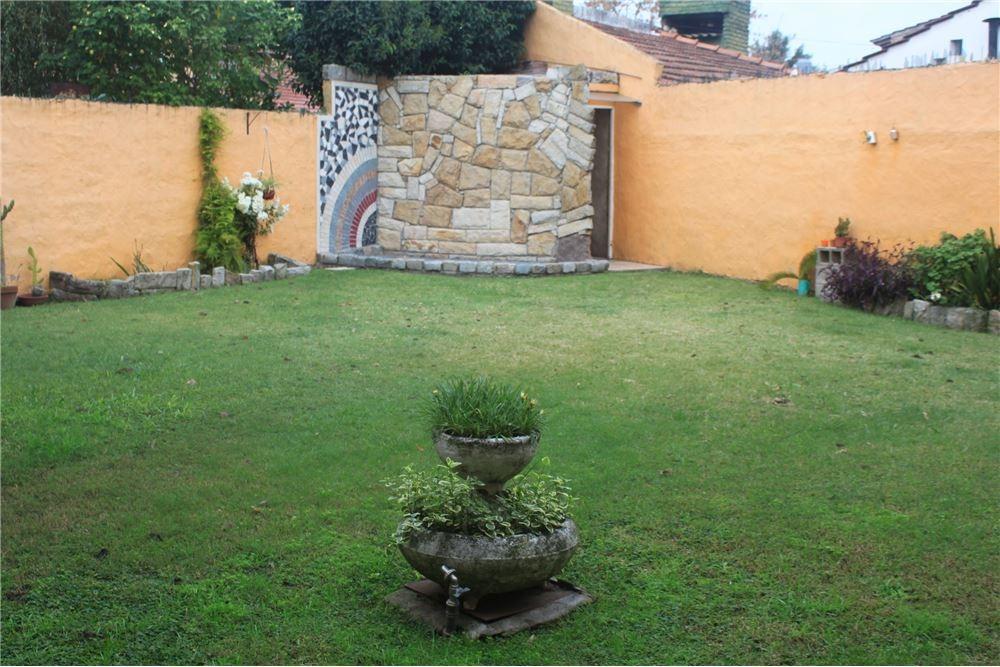 casa venta  ituzaingo villa udaondo 4 ambientes
