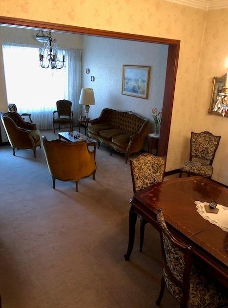 casa venta la plata 3 dormitorios fondo parque permuta