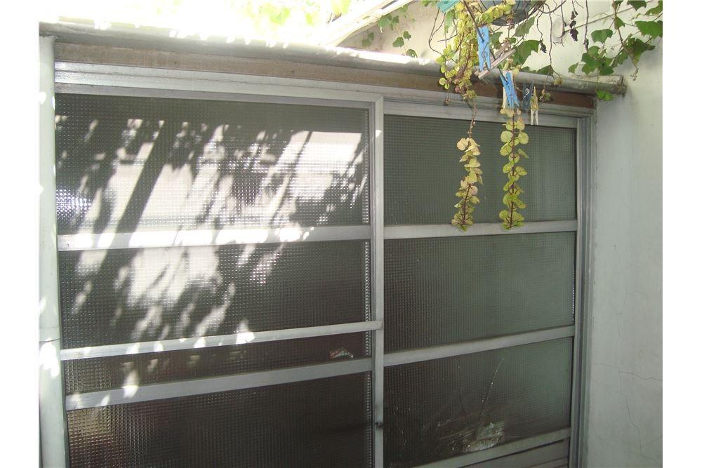 casa venta lomas del mirador 3 amb.c/cochera patio