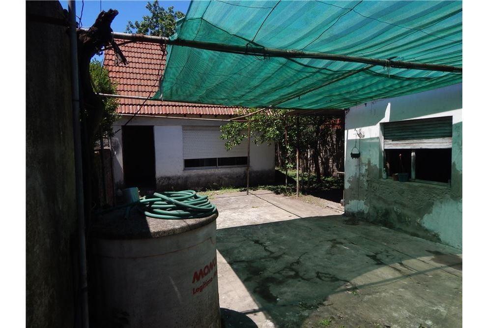 casa venta lote propio caseros a reciclar