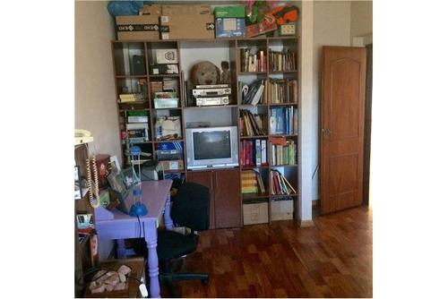 casa venta lugano 5 amb, quincho, parque, garage