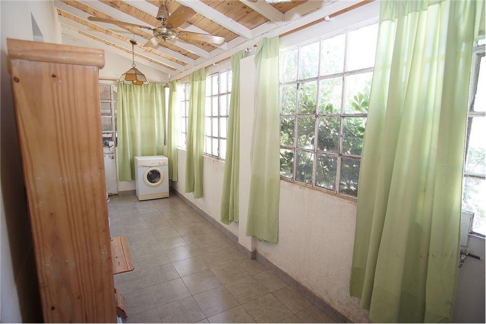 casa venta martinez 3 ambientes con cochera jardin