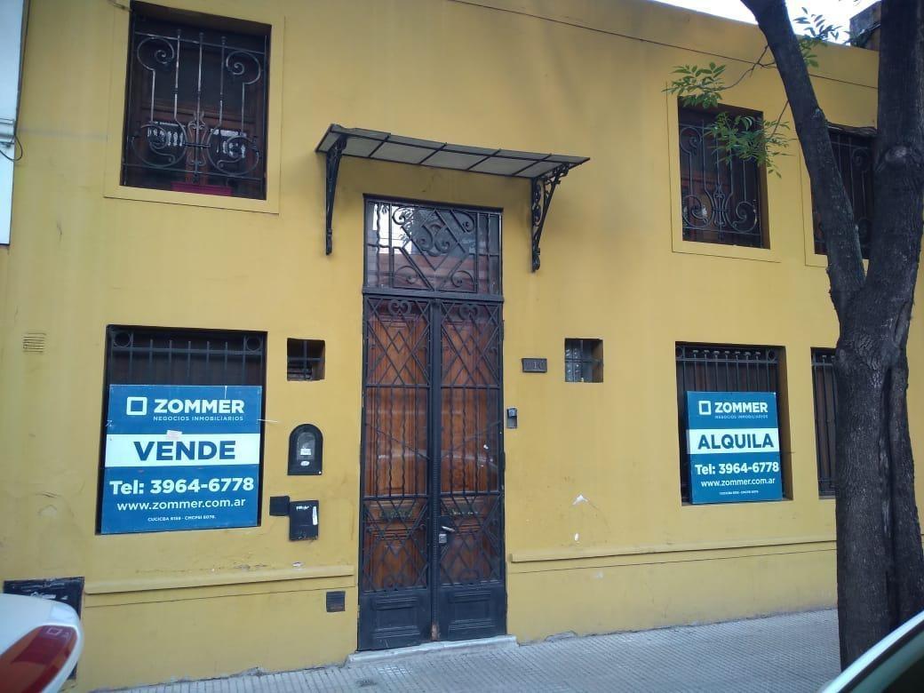 casa venta o alquiler balvanera, 24 de noviembre 700. lote propio