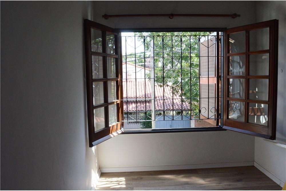 casa venta padua sur categoria fondo pileta