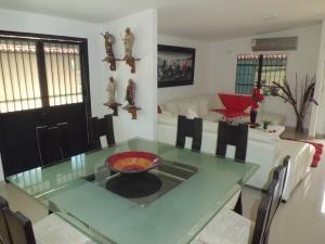 casa venta trigal norte valencia carabobo cod 20-16 mpg