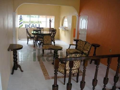 casa venta un piso 3 rec. col. anahuac poza rica veracruz, se encuentra ubicada en la calle popocatepetl 3, cuenta con 200 m² de terreno y 100 m² de construcción, sala, comedor, cocina, cocina integr
