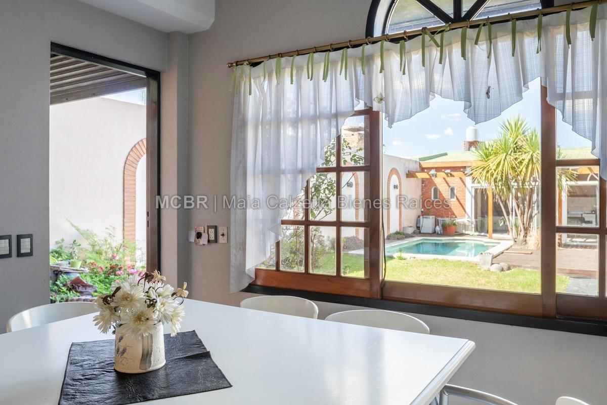 casa venta villa devoto jardin piscina climatizada quincho parrilla
