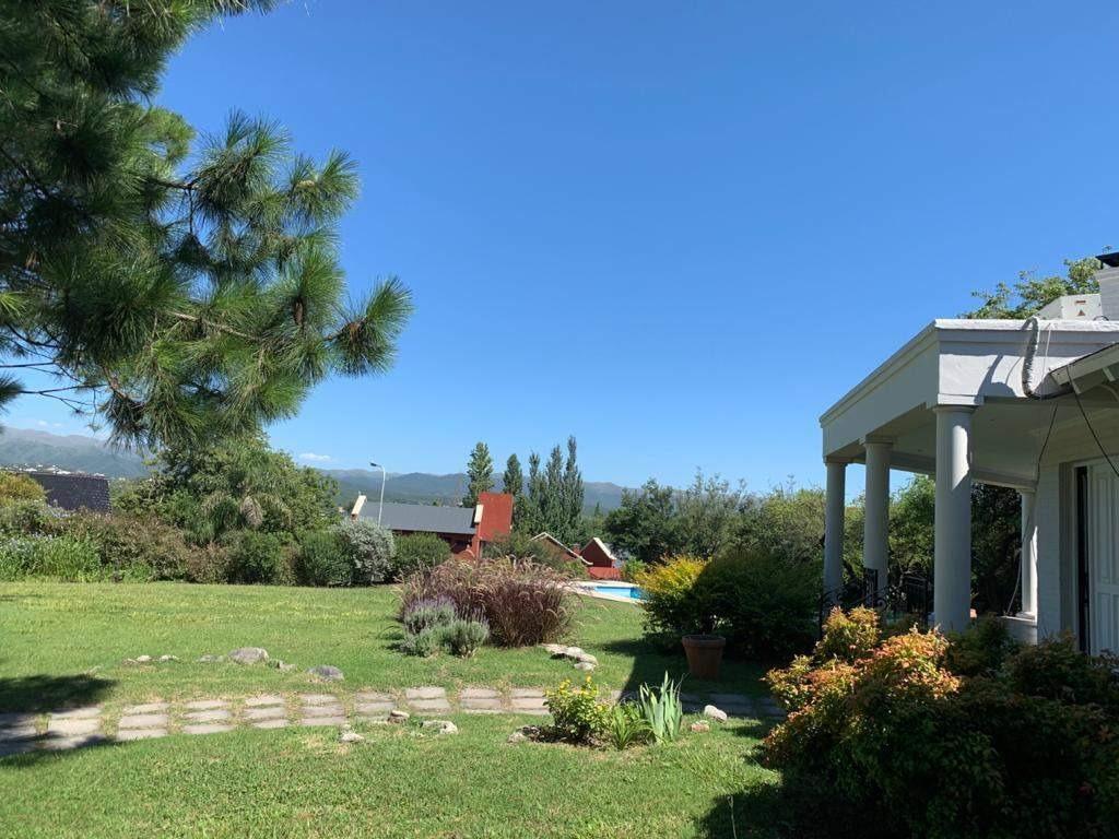 casa villa allende golf zona monitoreada.