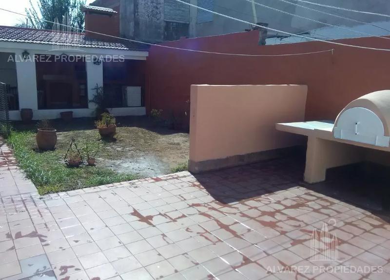 casa - villa cabrera