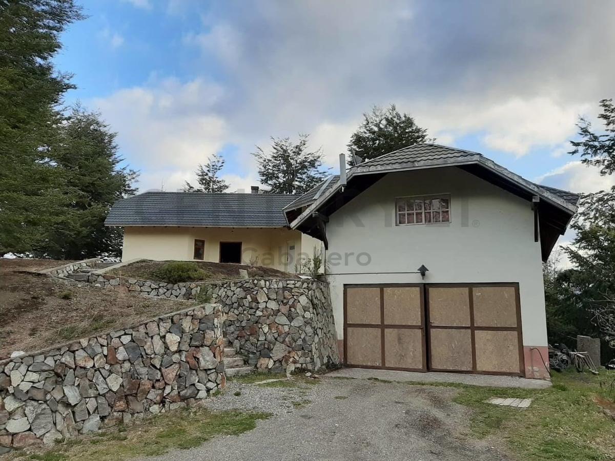 casa vista al lago, barrio arauco, villa la angostura, 286mt2/ lote 4.400mt2