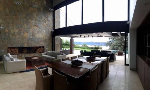 casa vista del lago avandaro