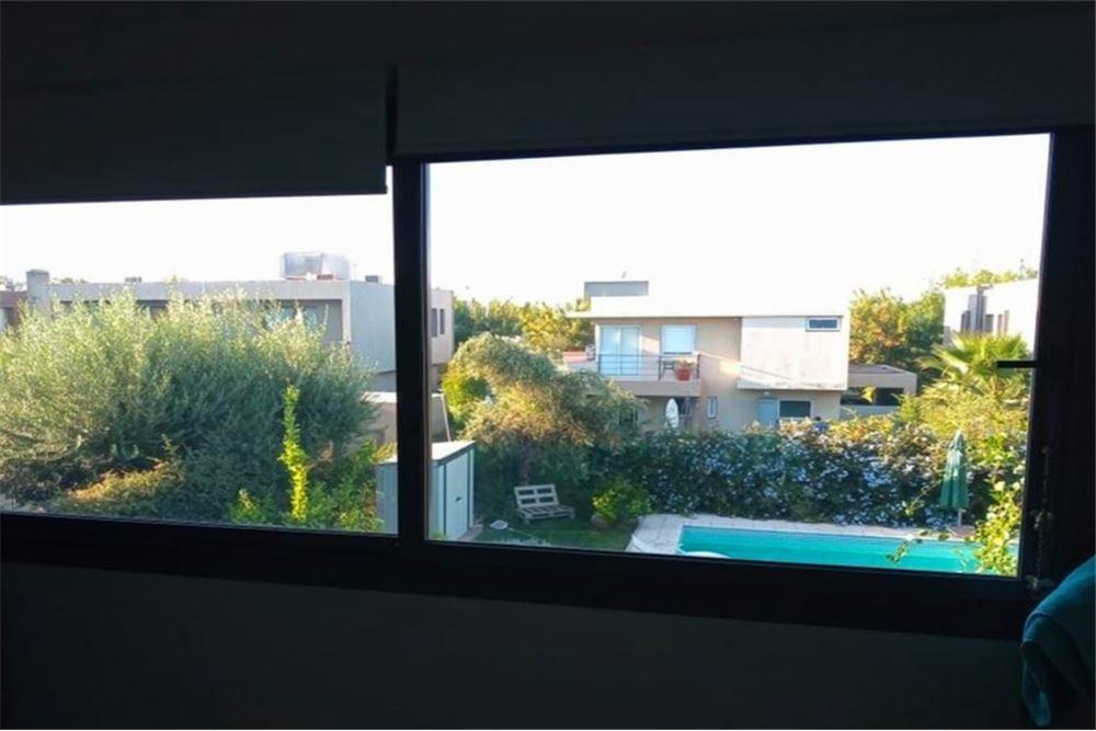 casa vista pueblo barrio privado