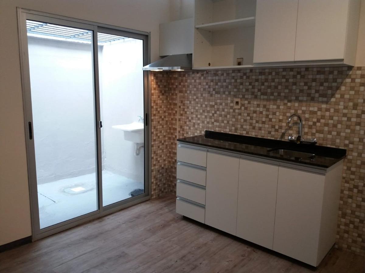 casa (vivienda, oficina o estudio) al frente 1 dormitorio