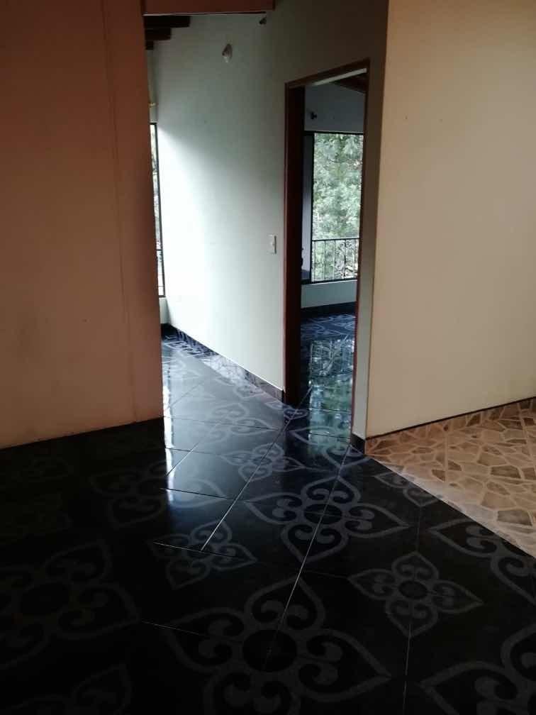 casa y apartaestudio en venta