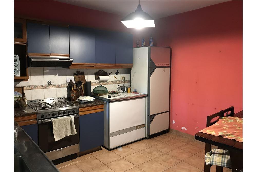 casa y departamento, venta en block - martinez