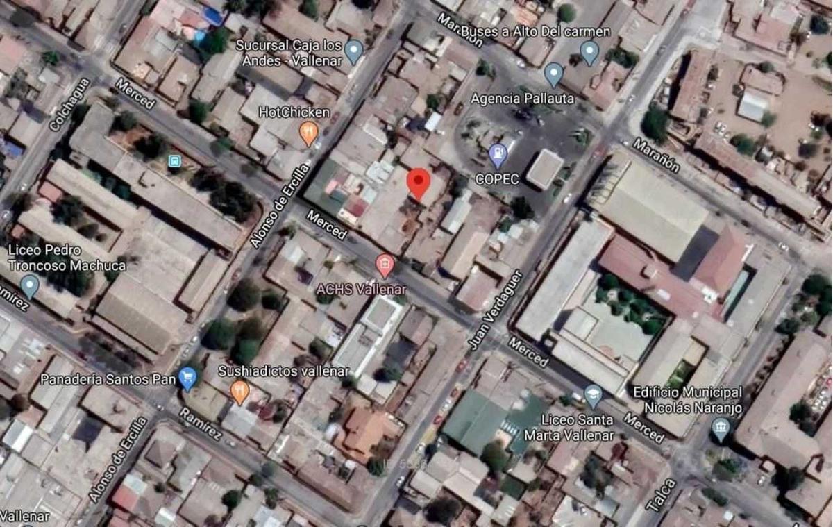casa y local comercial en centro de vall