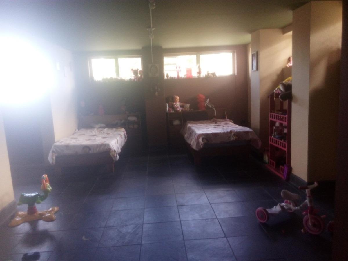 casa y propiedad grande en san isidro de heredia