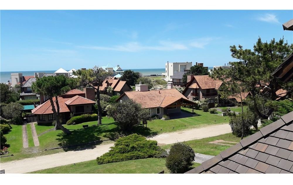 casa zona norte a 100 mts mar balneario cr