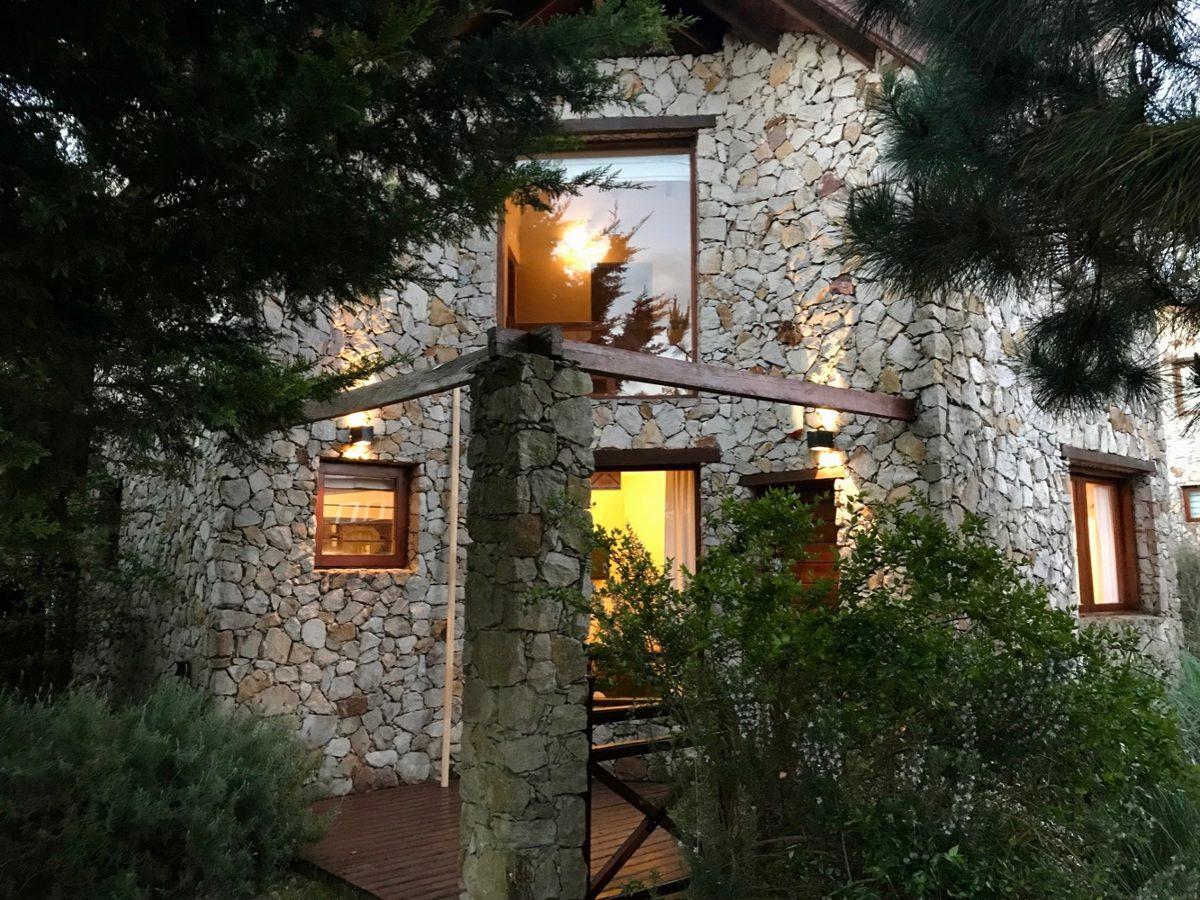 casa zona sur villa gesell latitud 37
