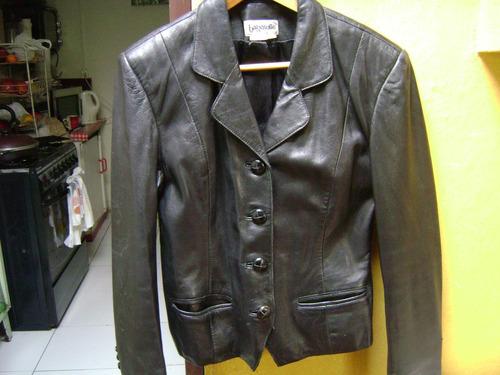casaca cuero negro