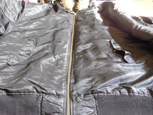casaca negra tipo piloto con gorro talla 5xl, acolchada