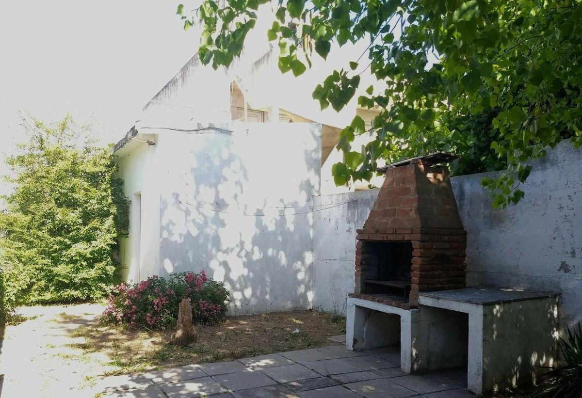 casa/chalet 4/6 personas,3 amb,1baño,garage,wifi, parrilla