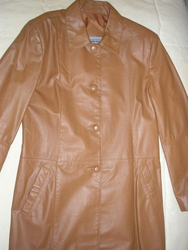 casaco de couro caramelo lindo