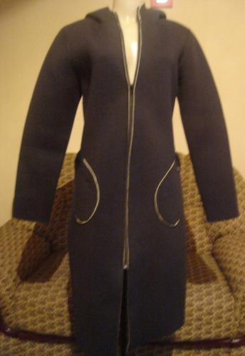 casaco preto neoprene com capuz,tam p--vide bula-unica peça