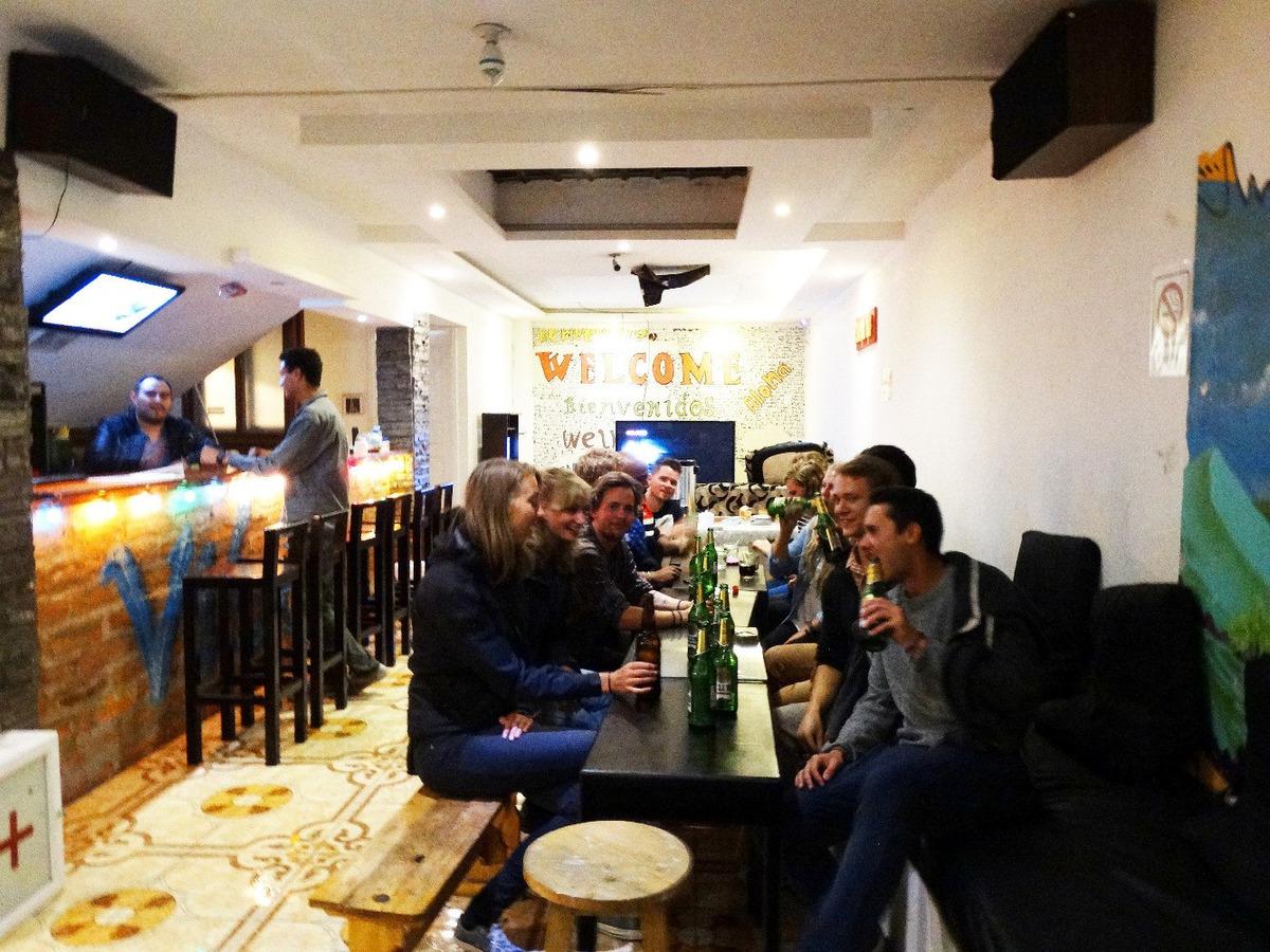 casa/hostal restaurante extranjeros funcionando 2012