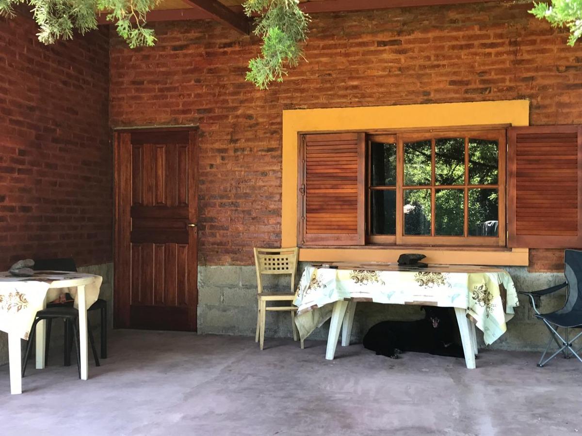 casaquinta 1,1 hectareas en san jacinto, mercedes (b)