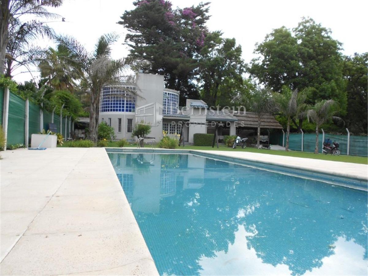 casaquinta en venta :: 3 ambientes :: villa udaondo :: 946m2