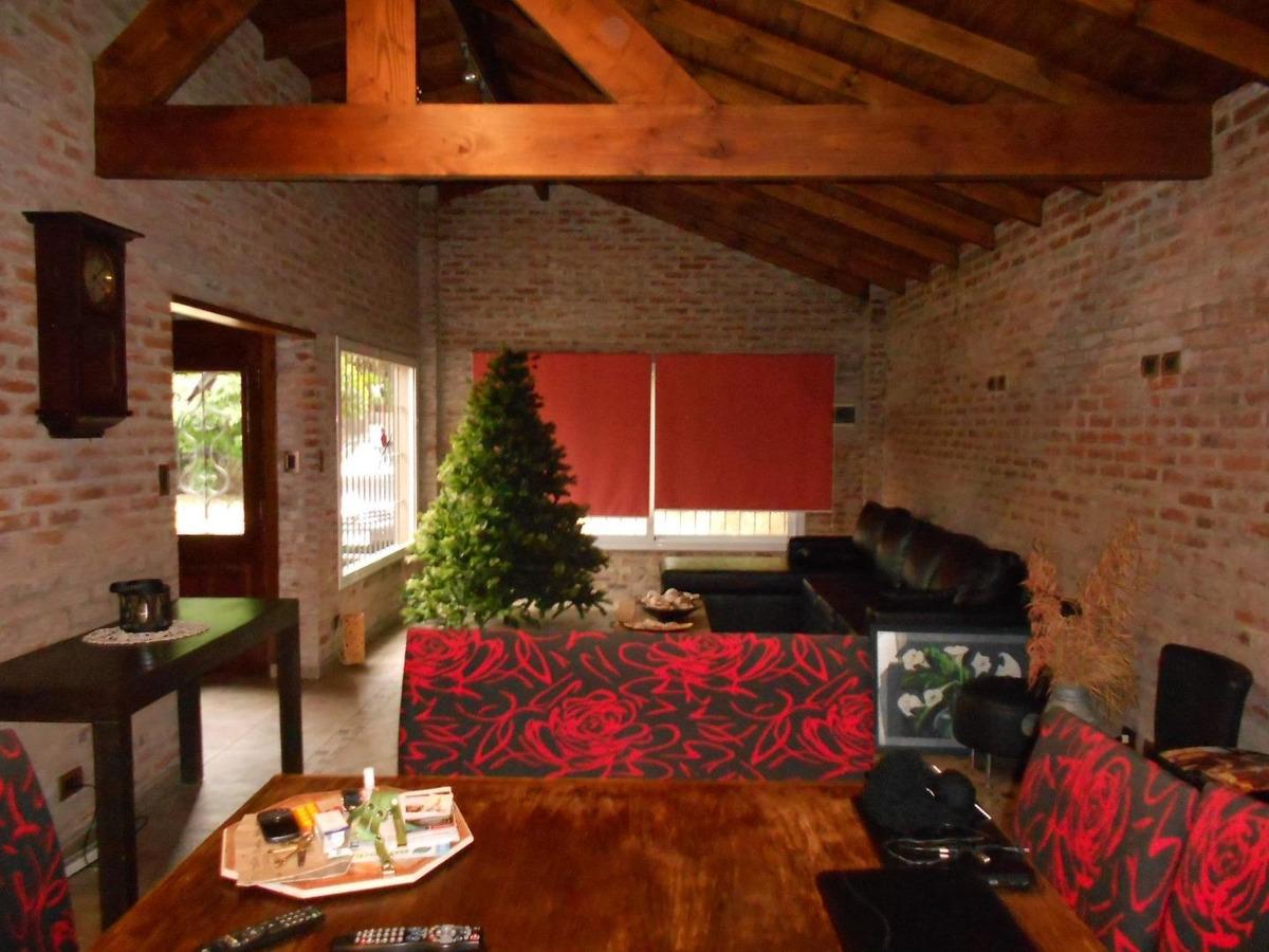 casaquinta en venta :: 5 ambientes :: ituzaingo norte