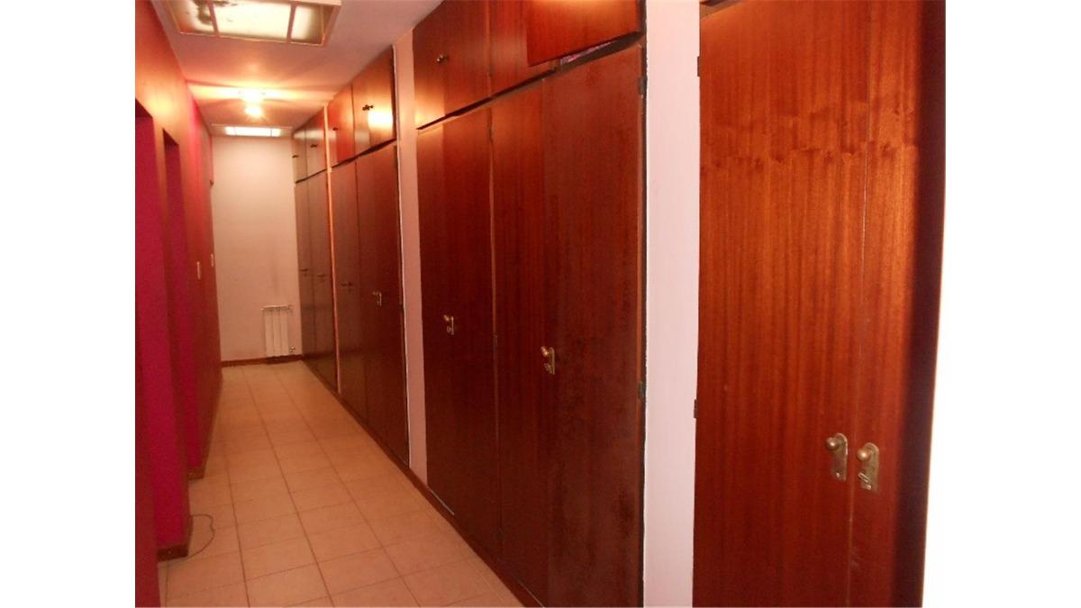 casaquinta en venta :: 5 ambientes :: parque leloir :: 1270m