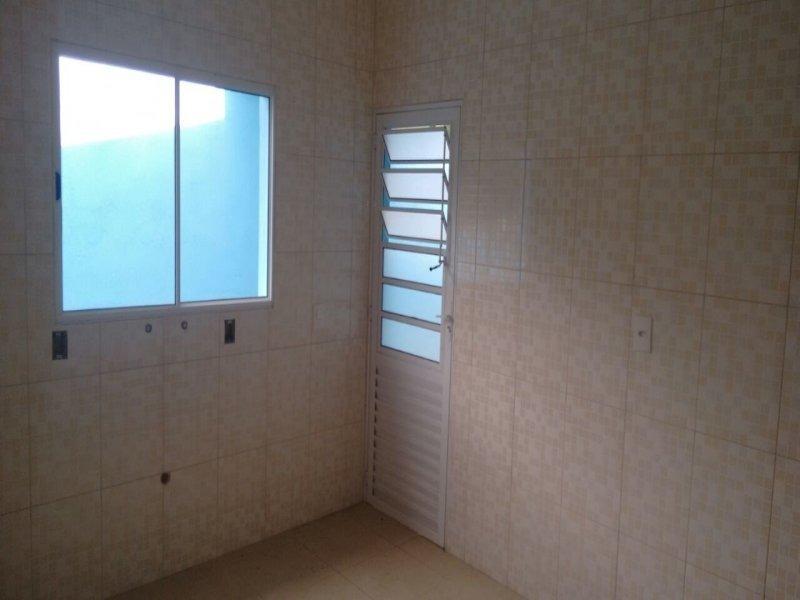 casas 2 dormitóriosem itaquaquecetuba