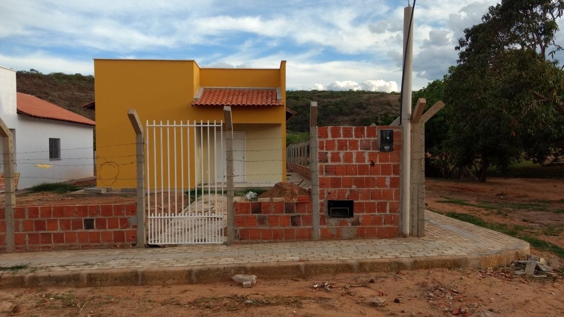 casas 2 quartos 2 banheiros