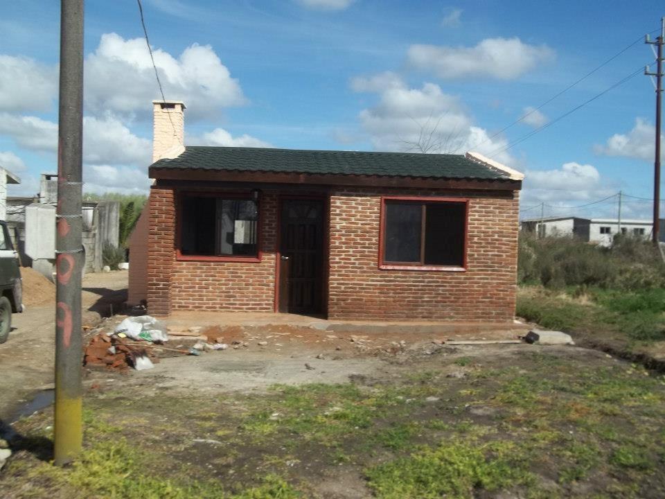Casas de ladrillo y madera steel frame techos y aleros etc for Casas y techos