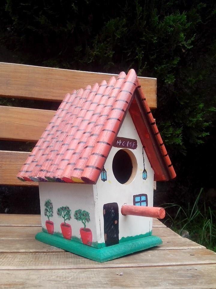 Casas de madera para pajaros decoradas bebederos comederos - Construir y decorar casas ...