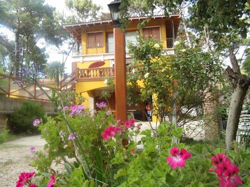 casas  en alquiler temporario cochera y pileta  villa gesell