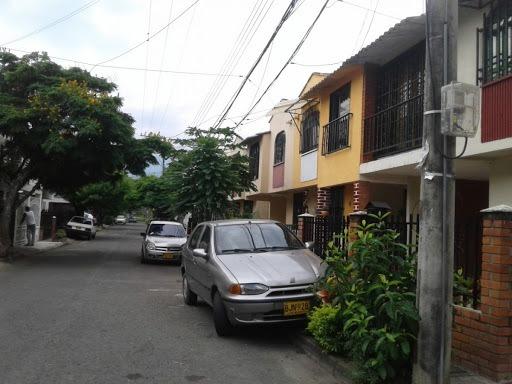 casas en arriendo riberas del rosario 319-1114