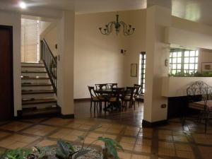 casas en venta altosdeguataparo valenciacarabobo192450 rahv