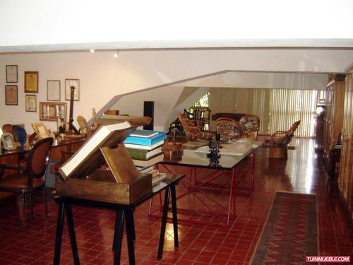 casas en venta en clnas. de los chaguaramos 14-2239 v s